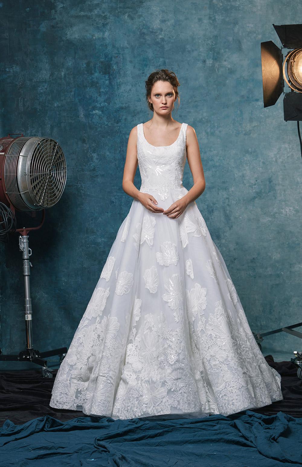 Halle - Sareh Nouri Fall 2019 Bridal Collection. www.theweddingnotebook.com