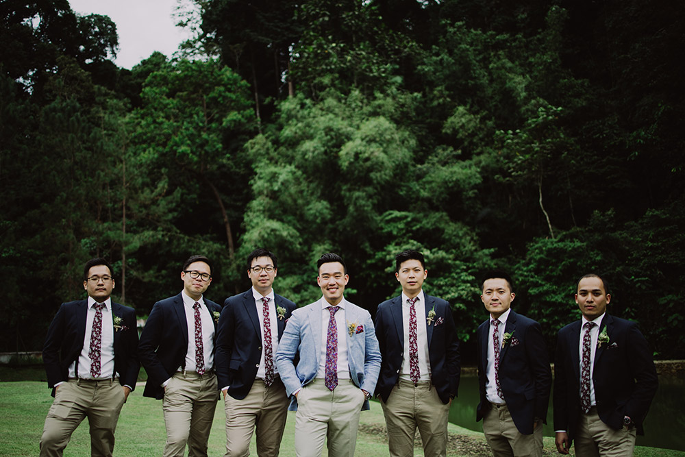 Chong Yee Photography. www.theweddingnotebook.com