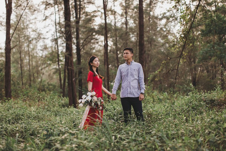 Photo by Knotties Frame. www.theweddingnotebook.com