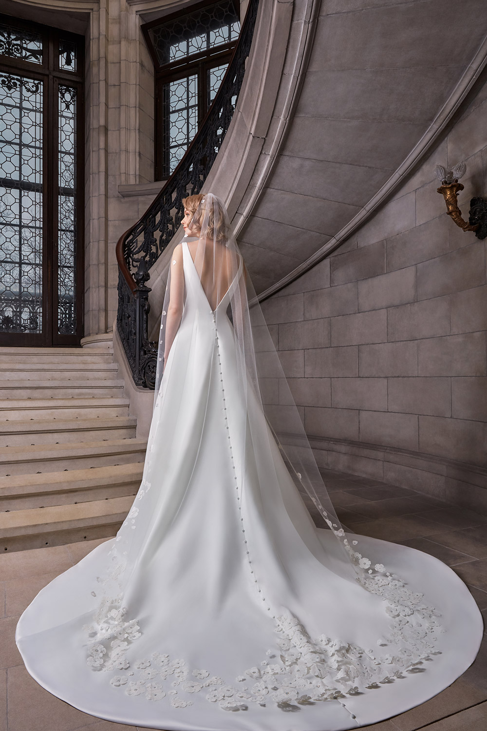 Caroline - Sareh Nouri Spring 2020 Collection. www.theweddingnotebook.com