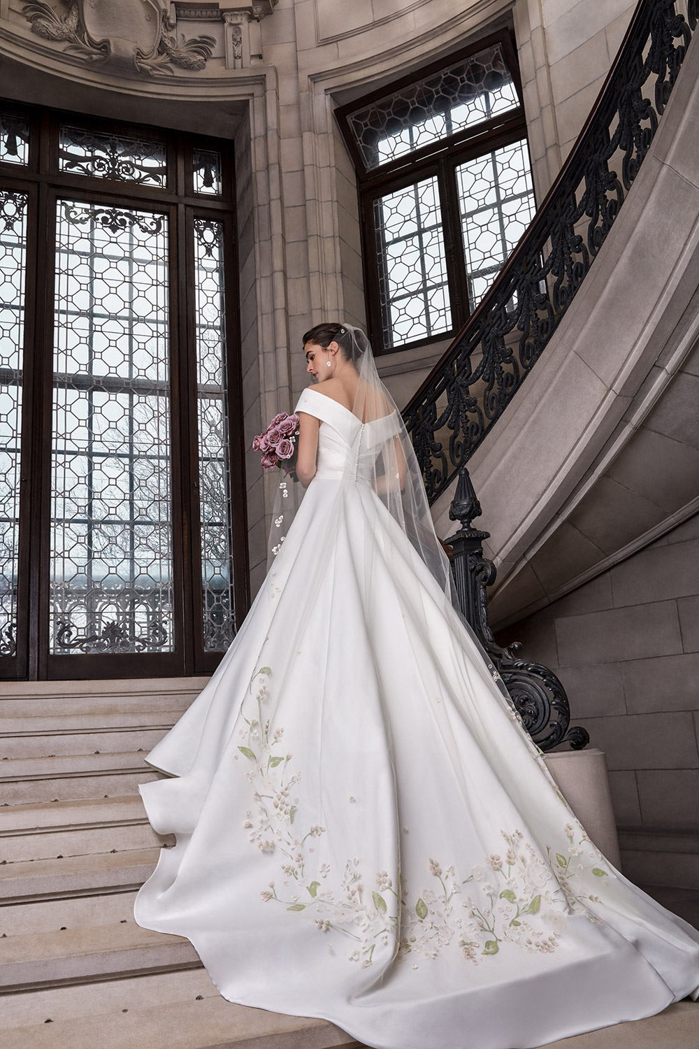Eugenie - Sareh Nouri Spring 2020 Collection. www.theweddingnotebook.com