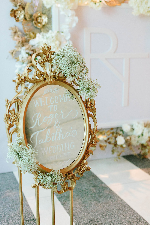 Photo by MJK Photography. www.theweddingnotebook.com