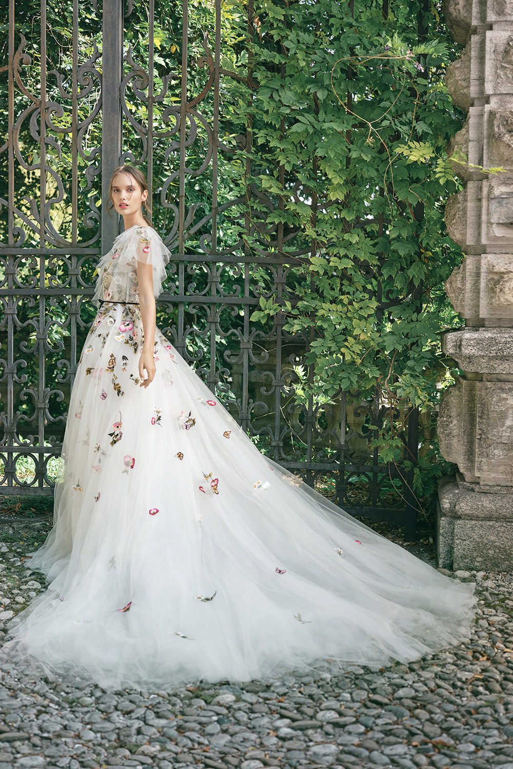 Wonder - Monique Lhuillier Fall 2020 Bridal Collection. www.theweddingnotebook.com