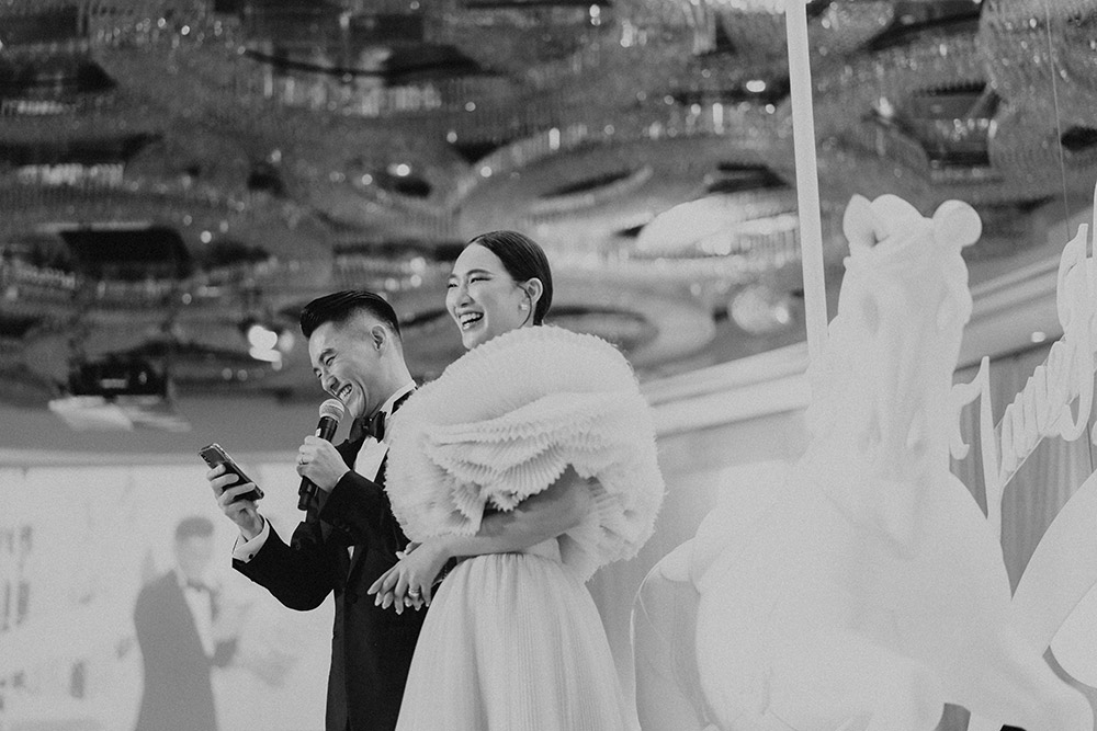 Photo by Louis Gan Photography. www.theweddingnotebook.com