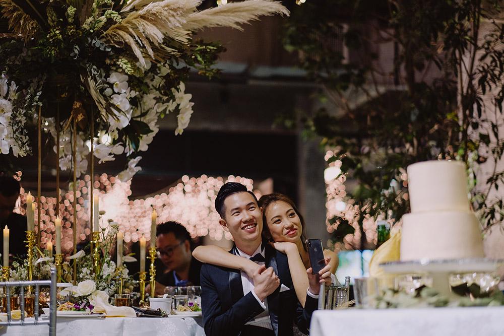 Chong Yee Photography. http://www.theweddingnotebook.com