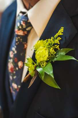 Photo: Gary Evans Photography | Florals: The Creative Bride