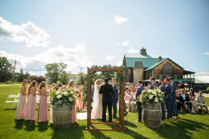 Venue: Hernder Estate Winery | Photo: JF Hannigan Photography