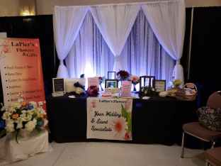 head table and backdrop display sarnia wedding expo