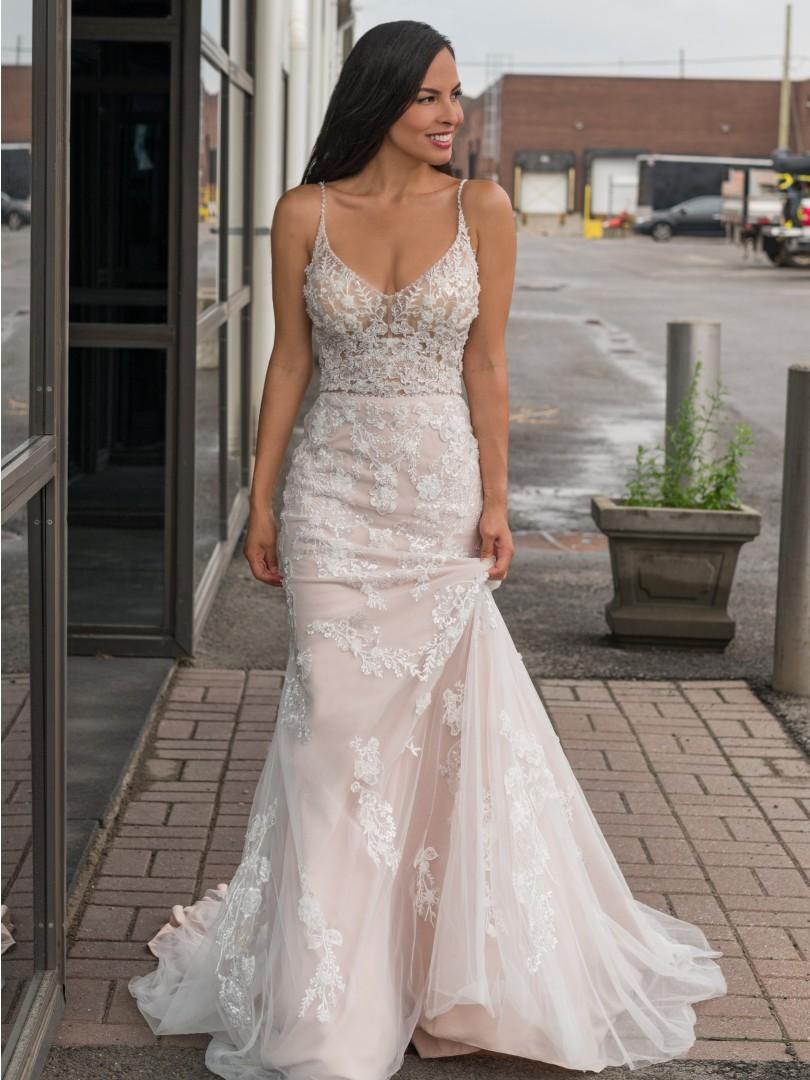 Sew Stylish wedding gown