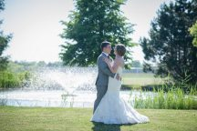 Venue: Hessenland Country Inn | Photo: Allure Photography