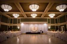 Venue: BW Lamplighter Inn | Photo: One-12 Photography