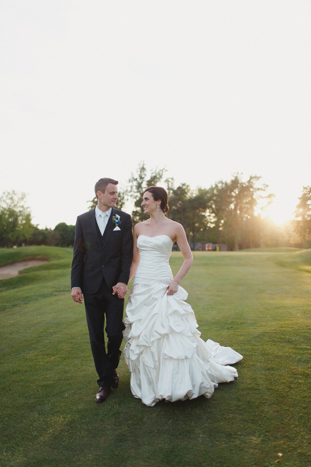 Dundee Country Club Wedding   Photo: Simply Emily Photography