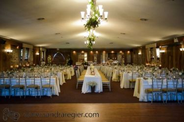Hessenland Country Inn | Photo: Sandra Regier Photography