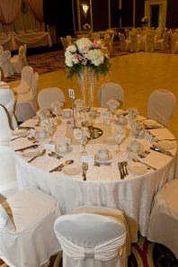 Photo: Sandra Dufton Photography | Venue: Best Western Plus Lamplighter Inn