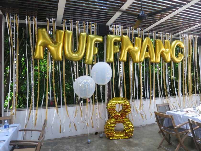 give fun nuffnang foil balloons