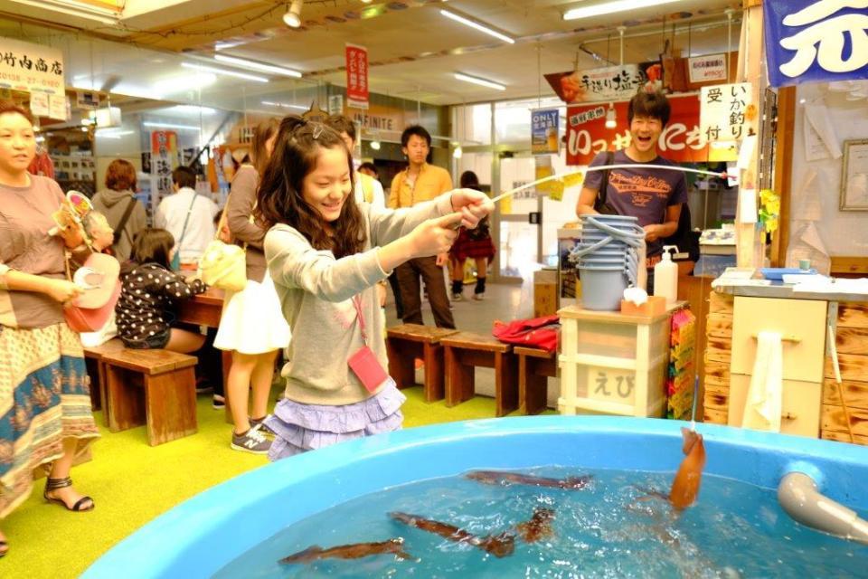 Hokkaido Honeymoon - Hakodate Morning Market -  See Japan