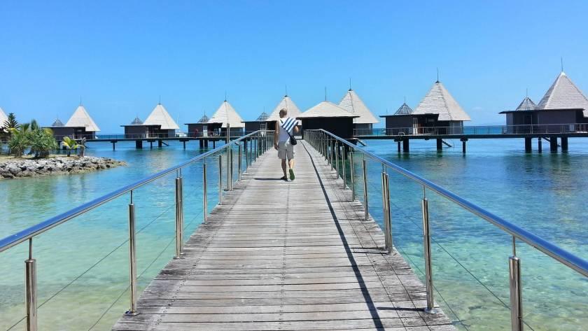 New Caledonia Honeymoon - L' Escapade Island Resort - Olivier