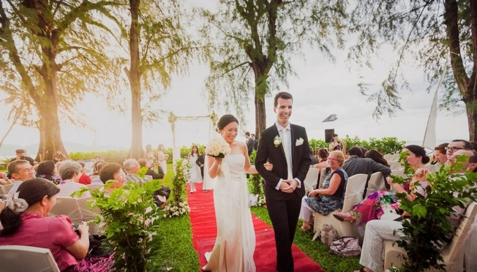 beach wedding venues malaysia - Lone Pine Hotel- Alex Tan Artworks