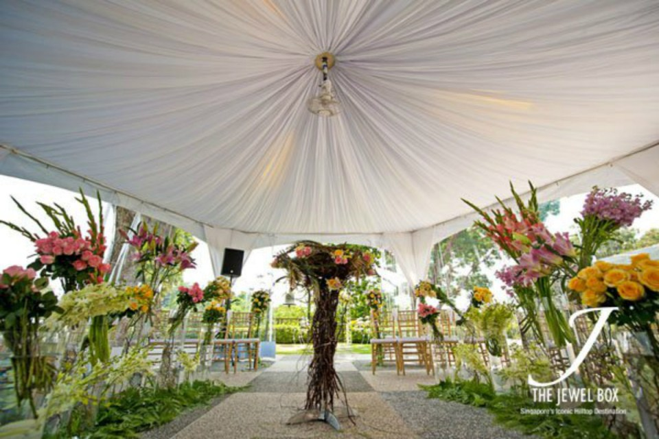 Top 10 Garden Wedding Venues in Singapore - Faber Peak 2