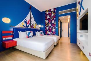 Hotel Jen Puteri Harbour Hello Kitty Room_Blue
