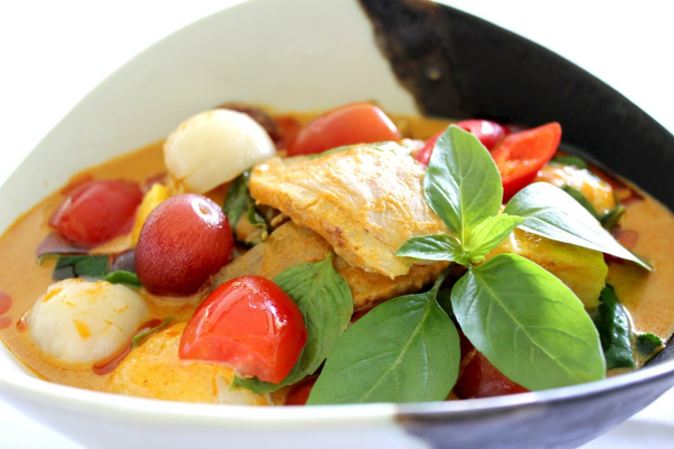 Roasted Duck Breast served with Grapes in Red Curry