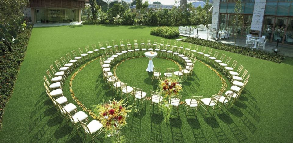 garden wedding venue singapore Equarius Lawn at Resorts World Sentosa Singapore