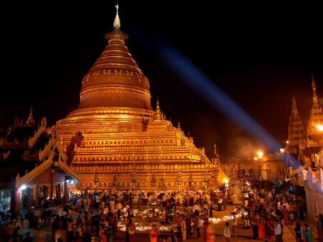 Shwezigon Night Bagan