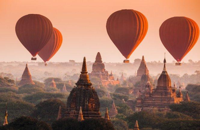 Hot Air Balloons Bagan