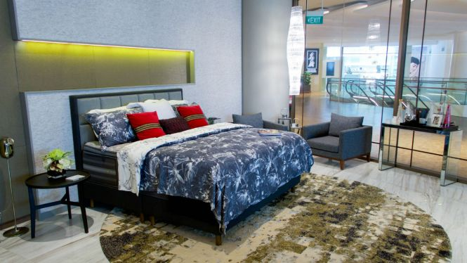 Simmons Mattress - Capitol Piazza Flagship Store