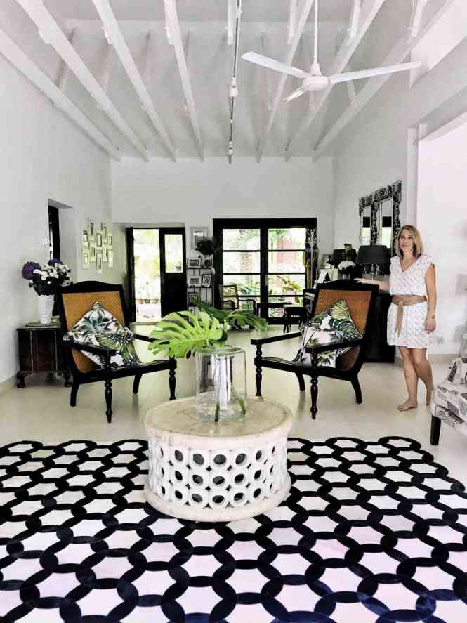 the cinnamon room monochrome rugs