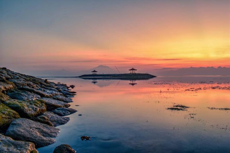 sanur bali coastline