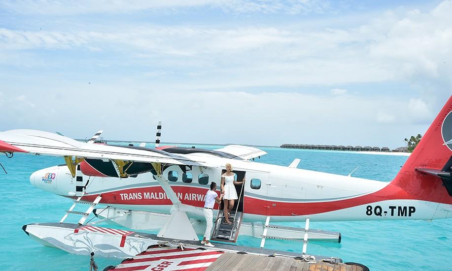 scenic seaplane transfer to The Sun Siyam Iru Fushi