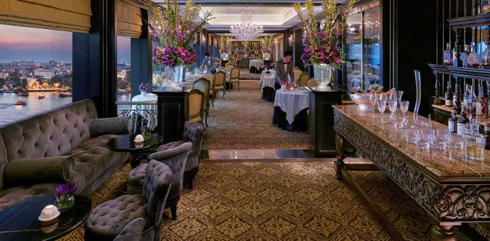 Le Normandie Fine Dining Wedding Venus Thailand