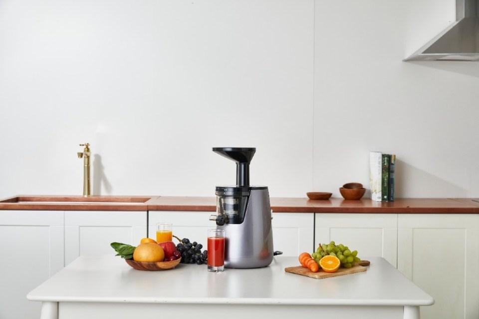 hurom s12 series juicer