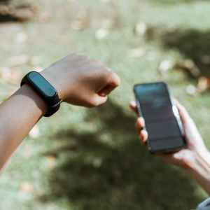 10 Best Fitbits and Fitness Trackers in Singapore