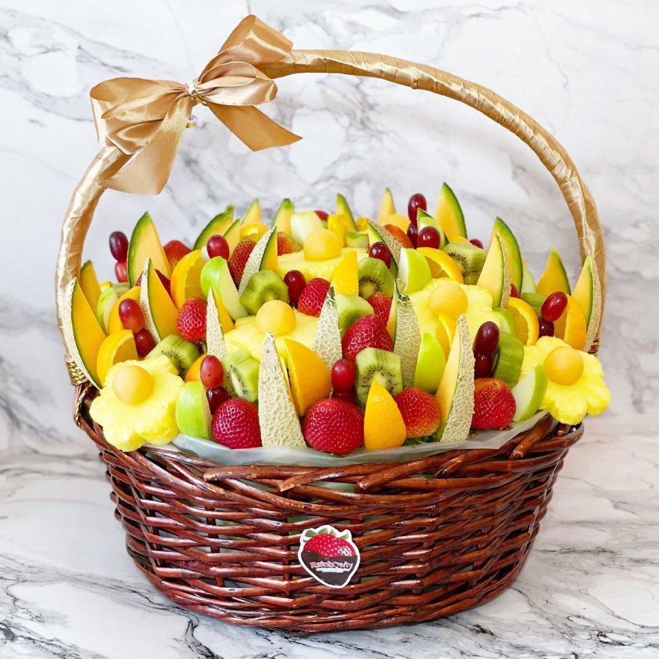 Rainbowly fruit baskets