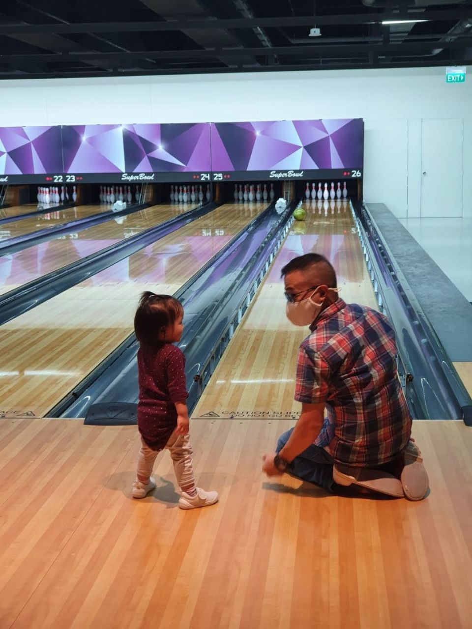 Superbowl bowling alley in singapore