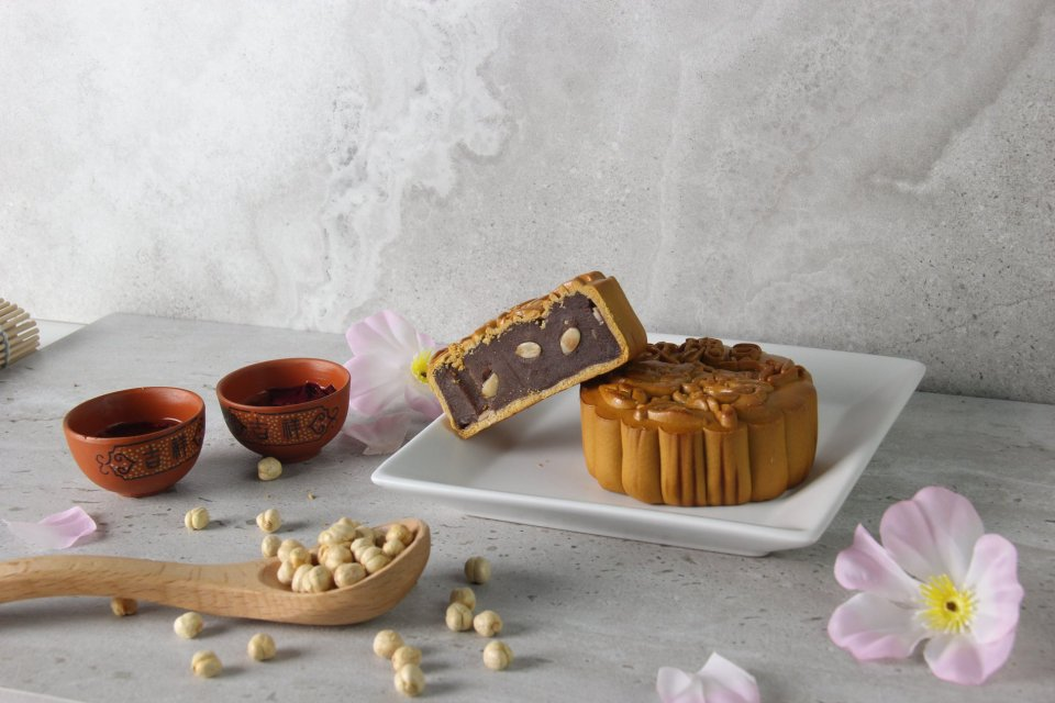 ding bakery mooncakes singapore