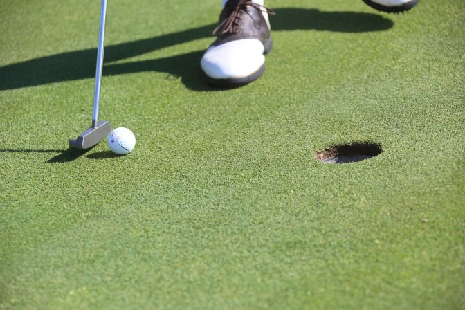 best putters for golf in singapore featured photo