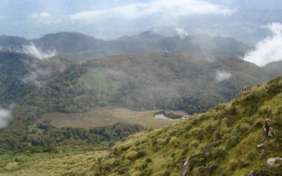Mt Apo trek - Lake Venado