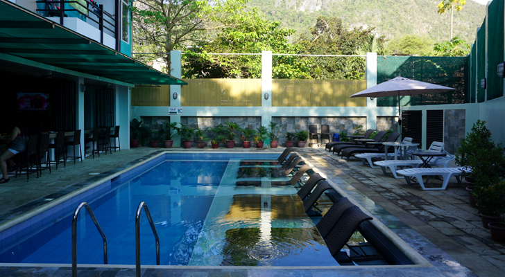 Sea Cocoon Hotel El Nido - dipping pool