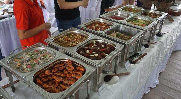 Tabuelan - lunch buffet