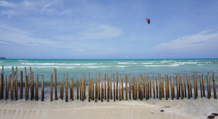 Zuzuni Boracay - beach