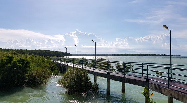 Alcantara Cebu - shallow bay