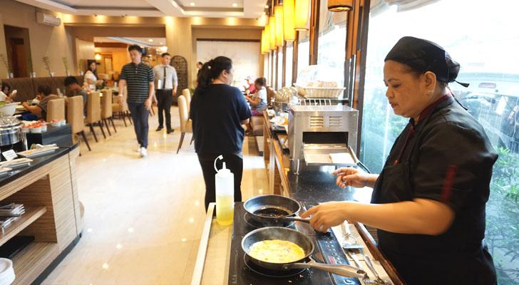 City Garden Suites Manila - egg station