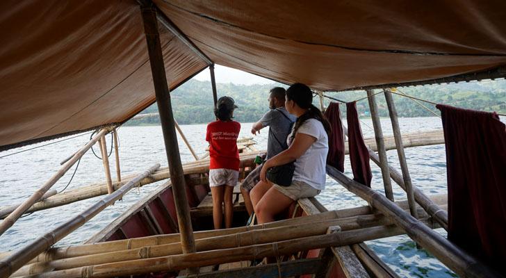 Toledo Cebu - malubog lake boat ride