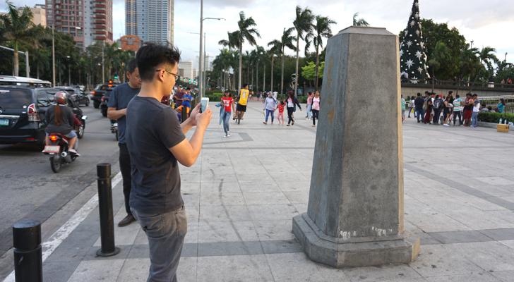 Back in Manila - Kilometer Zero Marker