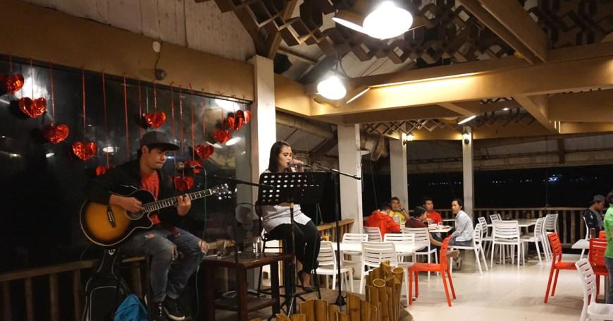 Panagatan Restaurant - band
