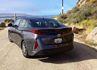 "2017 Toyota Prius Prime: Hatchback means ""split"" rear view."