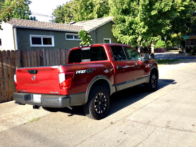 2017 Nissan Titan improved, but still trails truck pack